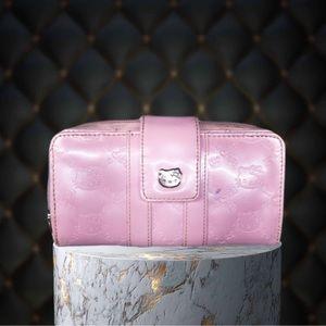 LOUNGEFLY- Sanrio Hellokitty pink wallet